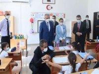 Milli Eğitim Bakanı Özer, Diyarbakır'da okul açılış törenine katıldı