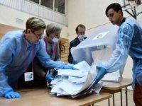 Rusya'da seçimleri Putin'in partisi kazandı