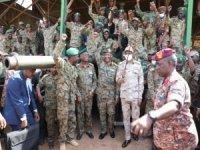 Sudan'daki darbe girişimiyle ilgili 21 subay tutuklandı