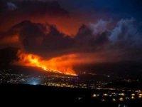 Cumbre Vieja Yanardağı'ndaki patlamalar şiddetini artırarak devam ediyor