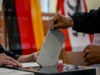 Almanya'da seçmenler 20'nci dönem milletvekillerini seçmek için sandık başına gitti