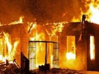 Pakistan'da aynı aileden 7 kişi yangında vefat etti
