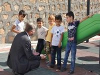 HÜDA PAR'ın Kayapınar Belde Belediyesi Başkanı Özhan hizmetleriyle adından söz ettiriyor