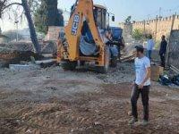 Siyonist işgal rejimi Kudüs'teki Müslüman mezarlığını yıkıyor
